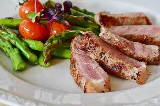 Que manger pendant un régime?  Aliments faibles en glucides autorisés